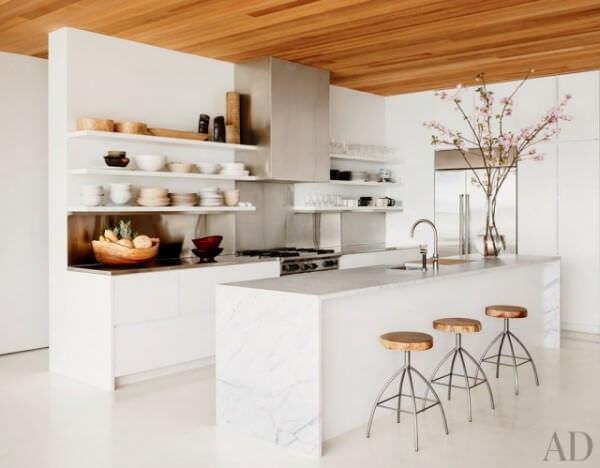 casa-com-bossa_cozinhas-com-ilha_imagem-13